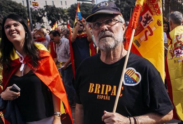 Kataloniya rəhbərliyi hakimiyyətdən kənarlaşdırıldı