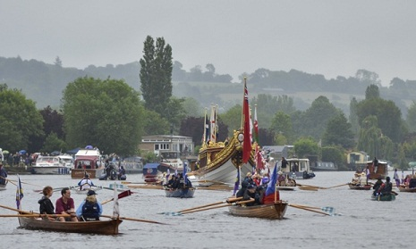 Queen leads celebration of 800 years of Magna Carta at Runnymede
