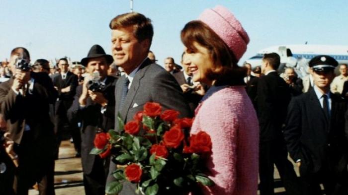 JFK assassination: Trump declassifies some documents