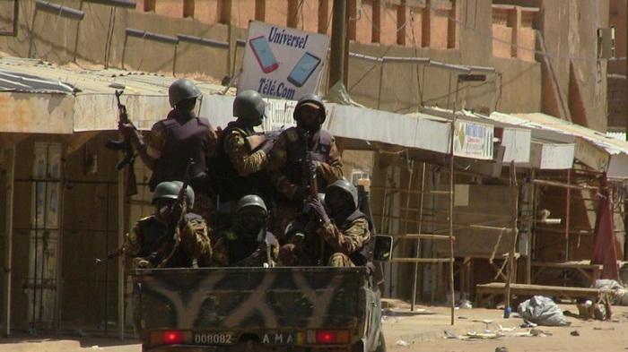 Mali: 5 militaires tués dans l`explosion d`une mine