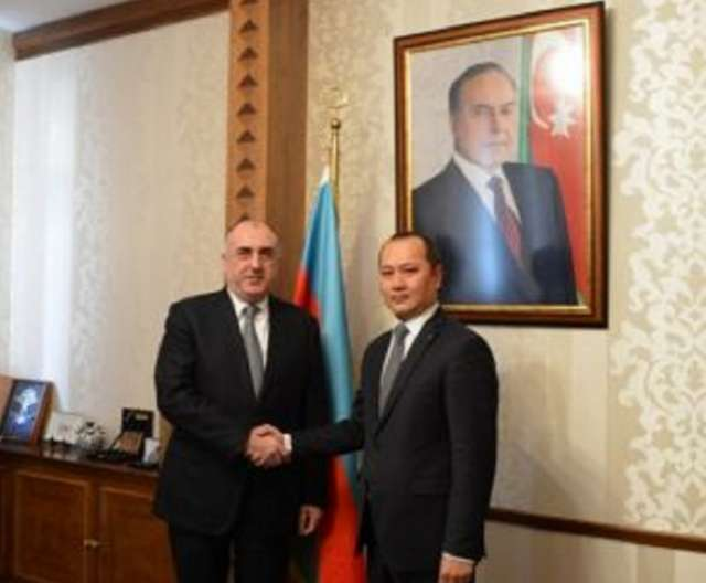 Azerbaijani FM receives Secretary General of TURKPA