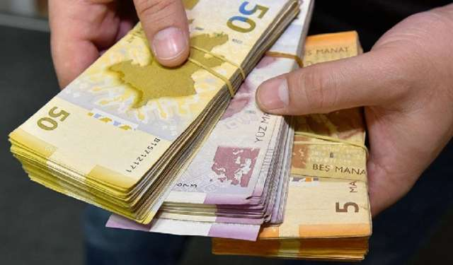 Azerbaijani currency rates for August 22