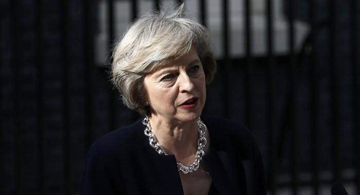 La UE exige más a May, pero abre una rendija para evitar una ruptura