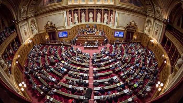 Ouverture des bureaux de vote pour les élections sénatoriales en France