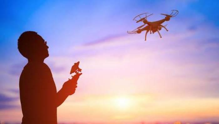 Boire ou piloter un drone, il faut choisir