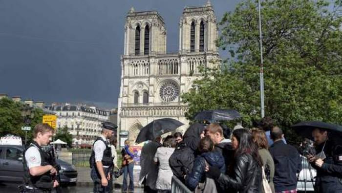 L'assaillant de Notre-Dame est un doctorant en sciences de l'information