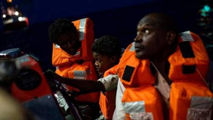 Le navire anti-migrants met fin à sa mission