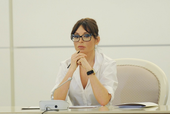 Mehriban Aliyeva congratulates Azerbaijani people on Baku's inclusion in UNESCO Creative Cities Network