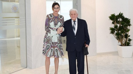 Azerbaijani First Lady meets People`s Artist Alibaba Mammadov - PHOTOS