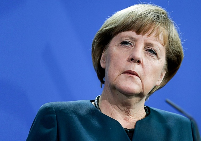 Merkel viaja a China a hacer negocios pero se topa con la crisis de Hong Kong