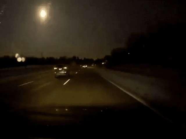 Cae un meteorito cerca de Detroit y provoca temblor