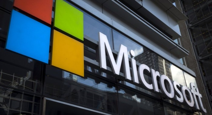 Microsoft responded quietly after detecting secret database hack in 2013