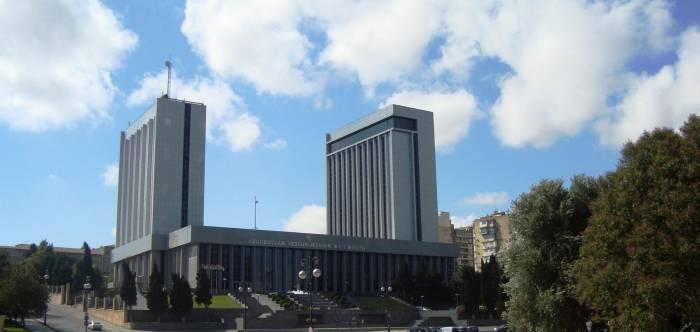 3 məsələ Milli Məclisin gündəliyindən çıxarıldı