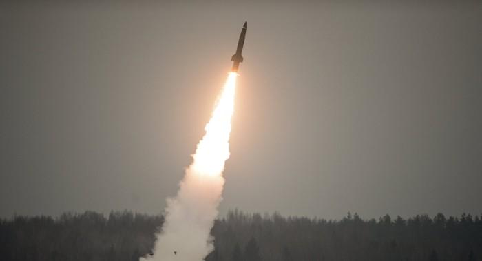 Irán comenta los resultados de su ataque con misiles contra Daesh