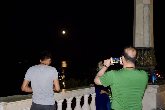 Ölkəmizdə müşahidə edilən Ay tutulması - FOTOLAR