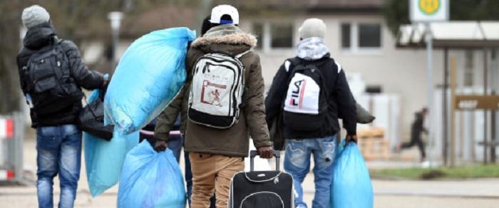 """""""Dramatische Kettenreaktion"""": Diese 6 gravierenden Dingen würde passieren, wenn Deutschland die Grenzen schließt"""