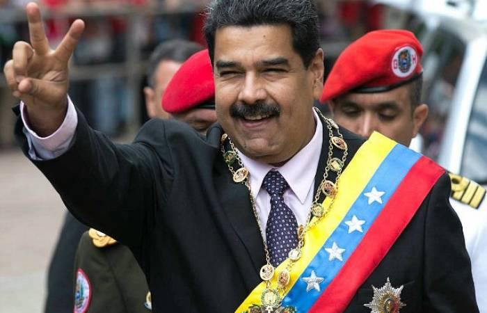 Maduro ordena investigar un accidente de avión en el que murieron dos militares