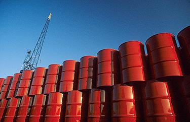 US crude rises 5.2% this week, closing at $46.54