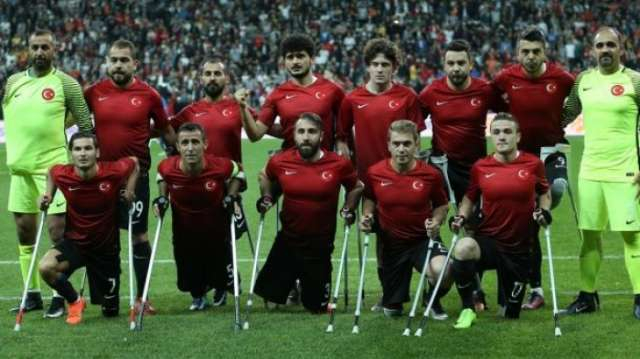 تتويج المنتخب التركي لكرة القدم لمبتوري الأطراف بطلاً لأوروبا