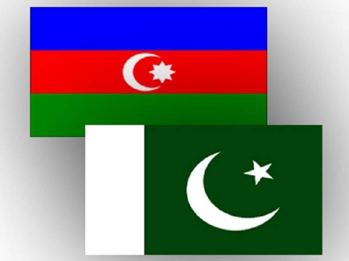 """El general pakistaní:""""Seguiremos apoyando a Azerbaiyán"""""""