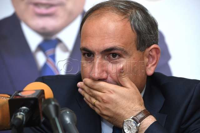 Armenian PM: Two criminal cases filed over violations in civil aviation sector