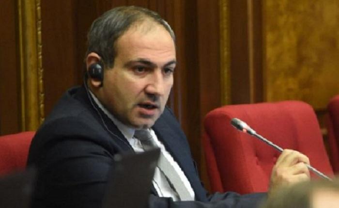 Erməni deputat xalqı üsyana çağırdı: