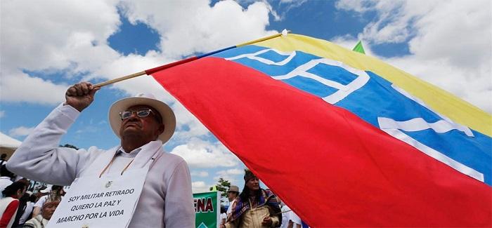 Ni un herido hubo en primera semana de paz en Colombia