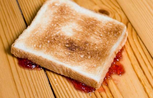 'Five-second rule' for food dropped on the floor approved by germ scientists