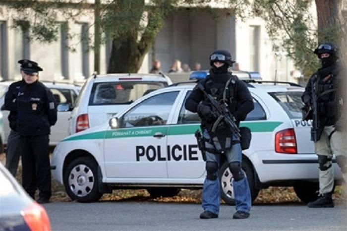 Polşada hərbi bazada atışma, ölən var - Yenilənib