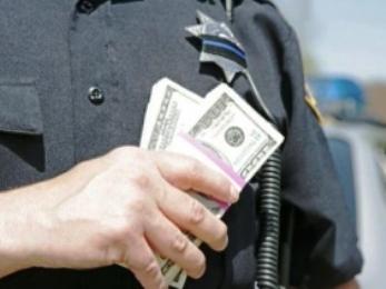 Həmyerlimiz rus polisinə rüşvət təklif etdi
