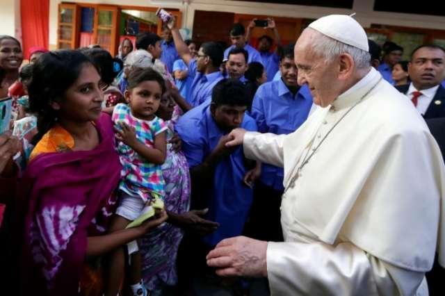Pope ends sensitive trip to Asia after seeking Rohingya forgiveness