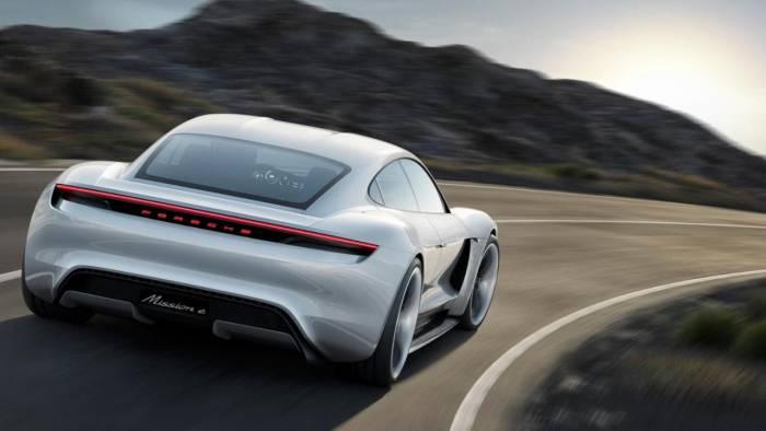 La première Porsche 100% électrique