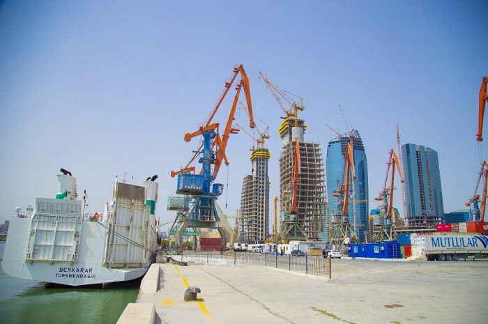Azerbaijan leader among CIS countries in efficiency of seaport services