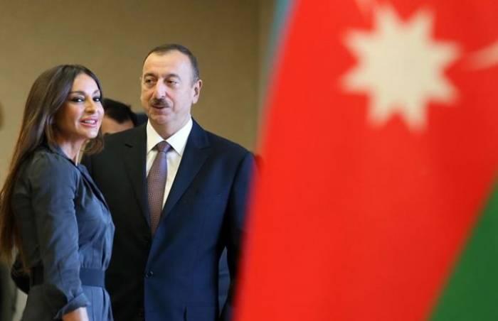 Prezident və birinci xanımdan Fərid Qayıbova təbrik