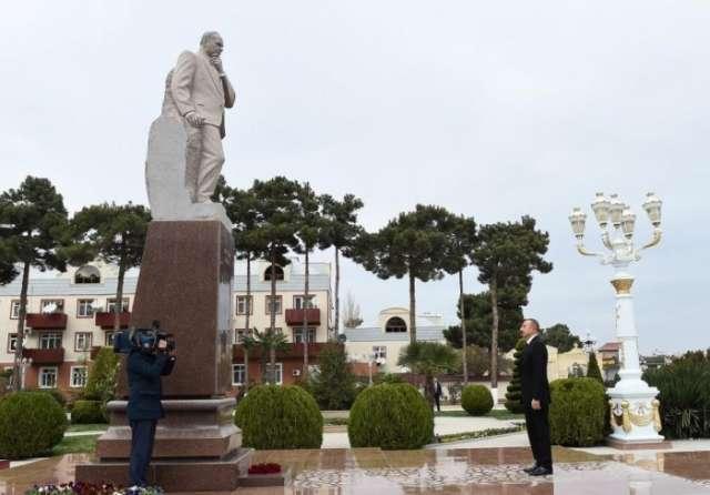 President Aliyev visits monument to national leader Heydar Aliyev in Aghjabadi