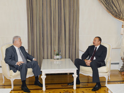Ilham Aliyev meets Moldovan ex-president