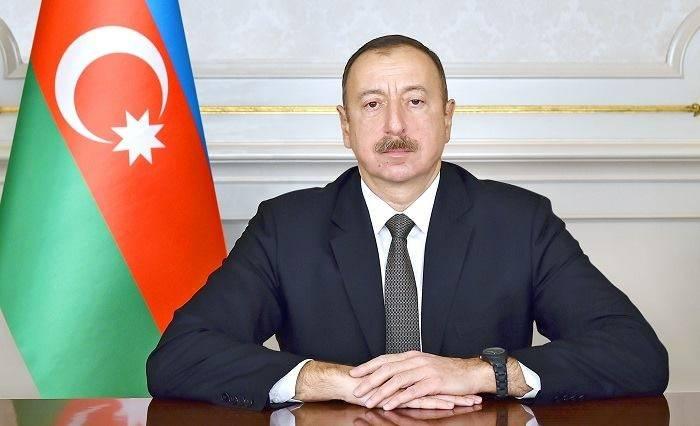 Pose de la première pierre d'une nouvelle route entre Bakou et la frontière avec la Russie