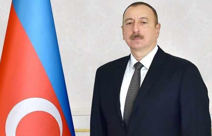 Prezident tunisli həmkarını təbrik edib