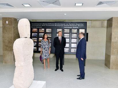 Prezident İlham Əliyev xanımı ilə açılışda