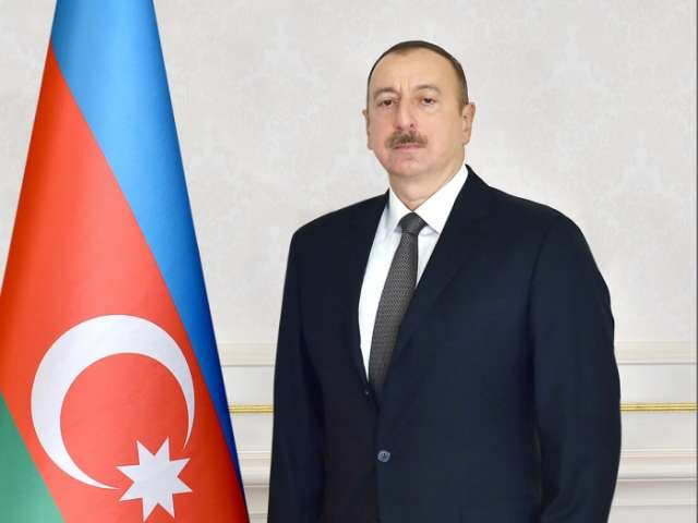 Ilham Aliyev presents medals to Greco-Roman wrestling winners - Baku 2017