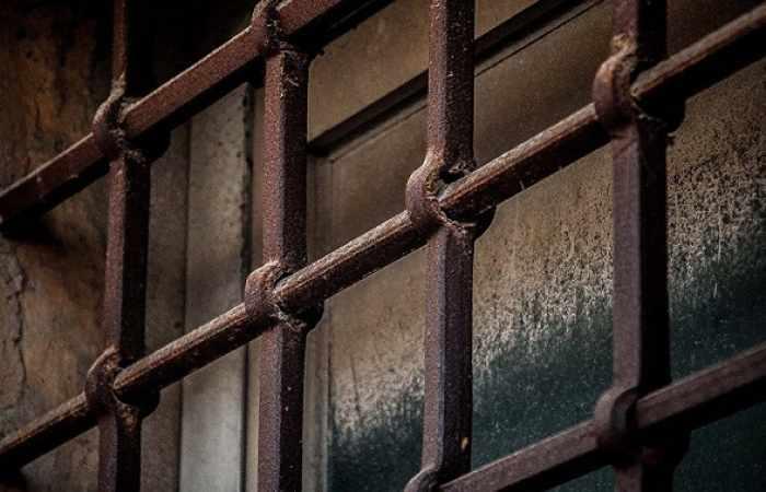 Mueren al menos 30 personas durante un motín en una cárcel de Tayikistán