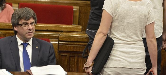 Inicia la sesión del Parlament en la que se podría votar por la independencia de Cataluña