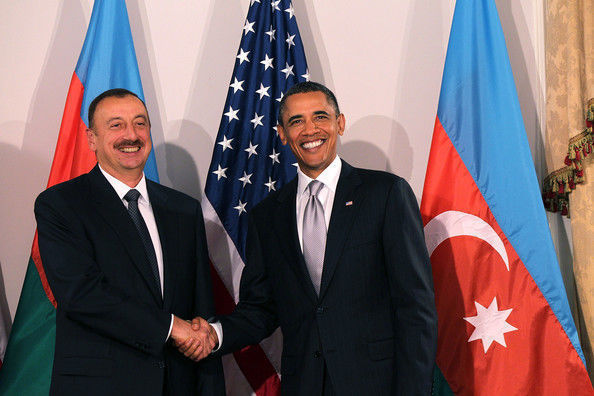 Obama: Je suis content de vous voir, Monsieur le Président VIDEO