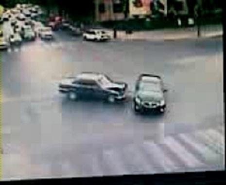 Bakıda sənədsiz sürücü qəza törətdi