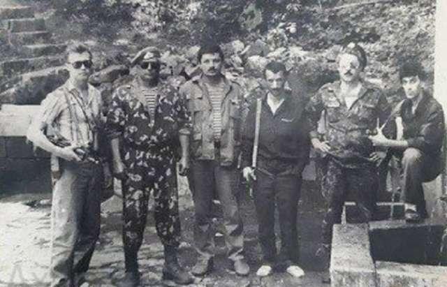 """Qarabağda """"Qorb"""" əməliyyatı: Aeroport necə işğal edilib (Araşdırma+Fotolar) - II Yazı"""