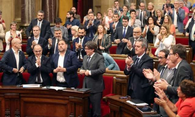 Spain sacks Catalan government after independence declaration