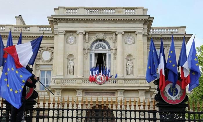 Französisches Außenministerium: Wir erkennen Berg-Karabach nicht an