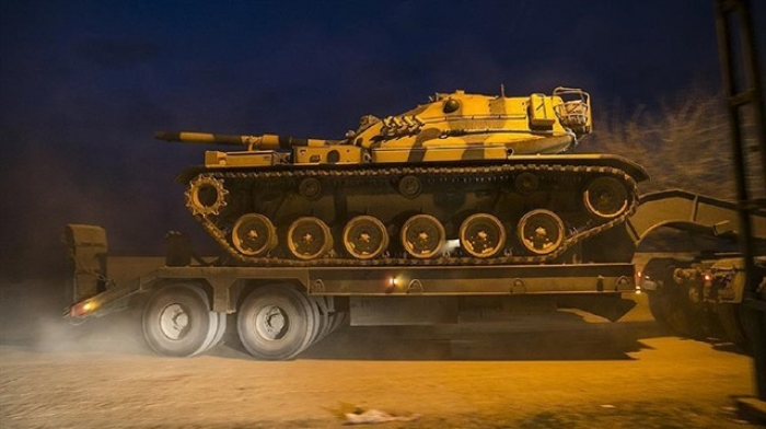Turkish military convoy dispatched to Syrian border