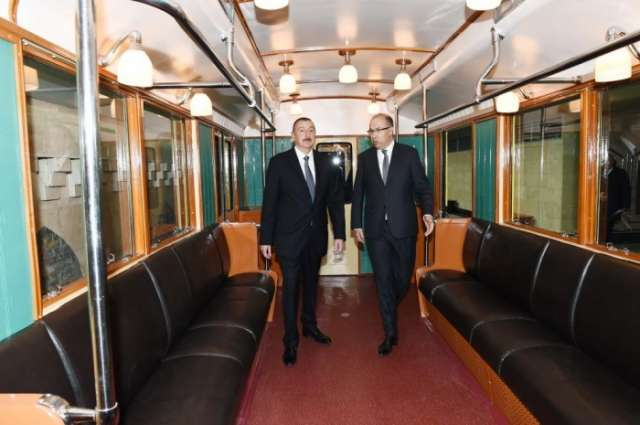 Ilham Aliyev becomes acquainted with retro trains of Baku Metro - PHOTOS