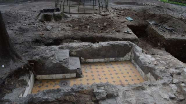 Ritual baths uncovered in synagogue complex destroyed by Nazis-Holocaust discovery